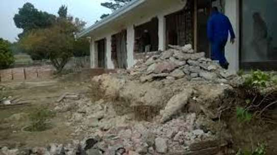 Demolition, Rubble Removals & Site Clearance image 2