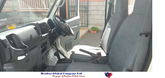 Nissan Clipper image 6