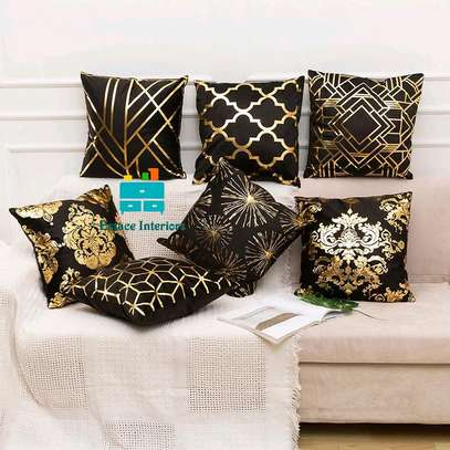 Decorative elegant throw pillows image 4