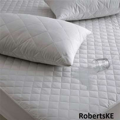 durable waterproof mattress protector plain white 5by6 image 3