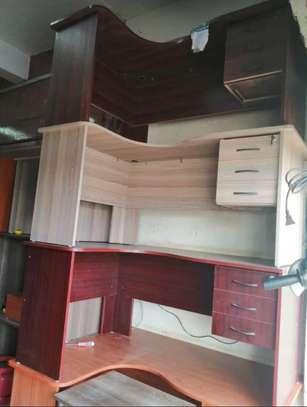 L shape Reception desk image 7