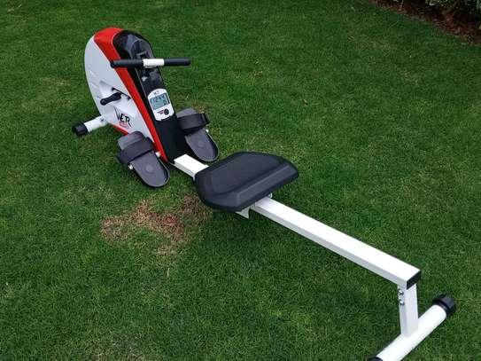 Rowing machine image 10