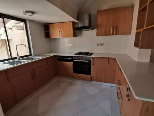 TASTEFULLY DESIGNED 3 BEDROOMED APARTMENT ALL ENSUITE WITH DSQ image 10