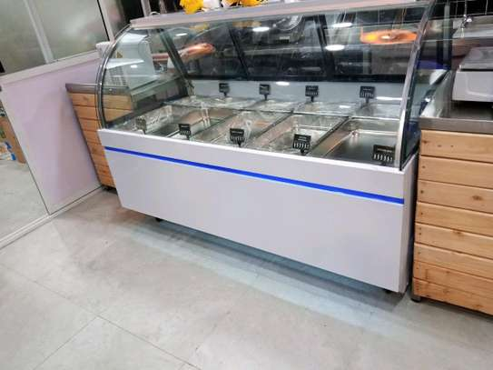 Meat display showcase chiller image 4