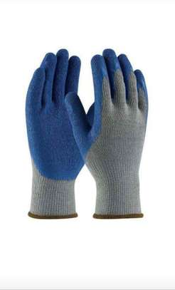 Diamond Grip Gloves image 3