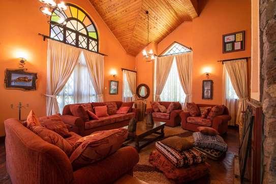 3 bedroom house for rent in Karen image 2