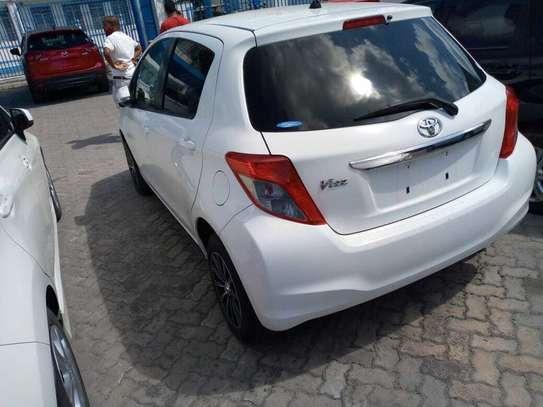 Toyota Vitz image 10