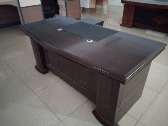 Executive office desk 1.8 meters image 1