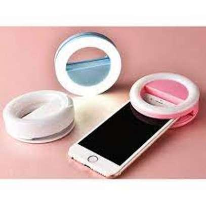 Portable mini selfie ring light image 3