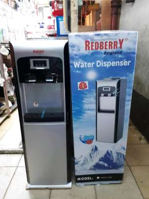 Water dispenser/redberry water  dispenser