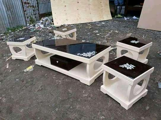 Stylish Modern Quality Coffee Table + Pair of Stools image 2