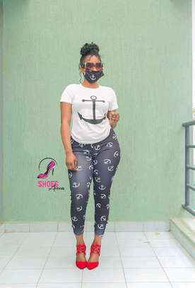 Top,pants & Mask image 5