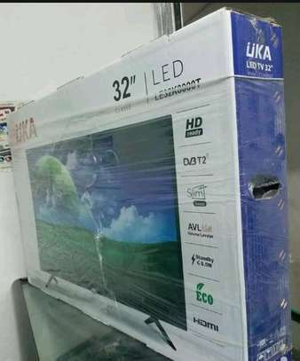 UKA 32'', HD Digital TV - Black
