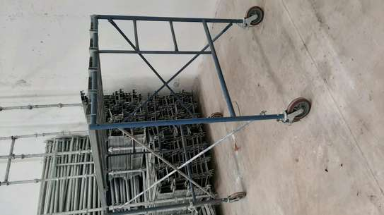 scaffolding frames/ladders image 3
