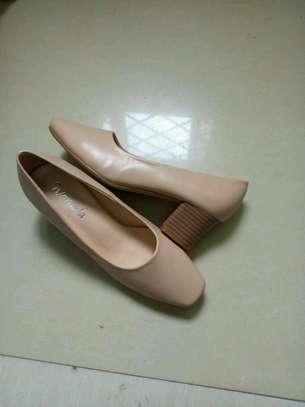 Ladies low heels image 2