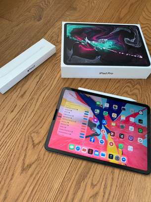 Apple iPad Pro 11 64GB image 1
