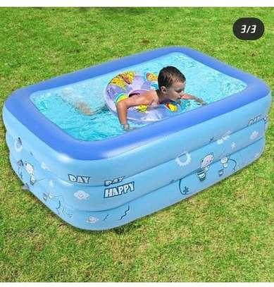 Inflatable kids swimming pool image 3