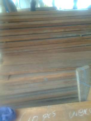 Dry mahogany timber image 1