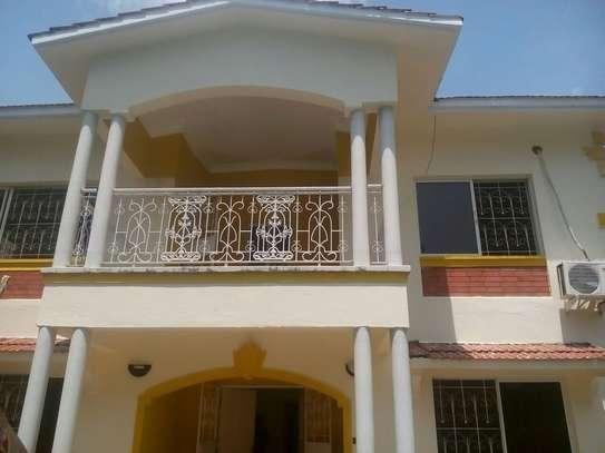 4br Maisonette for rent in Nyali . HR14-2303 image 1