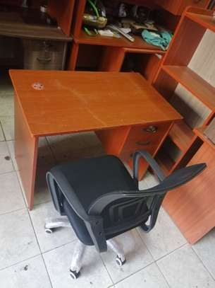 Home and office study desks image 10
