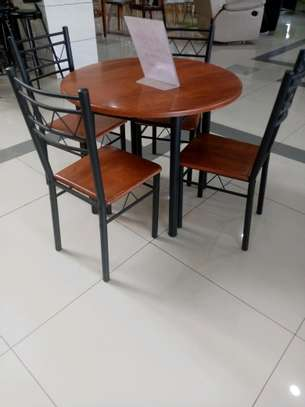 Round 4 seater dining table image 1