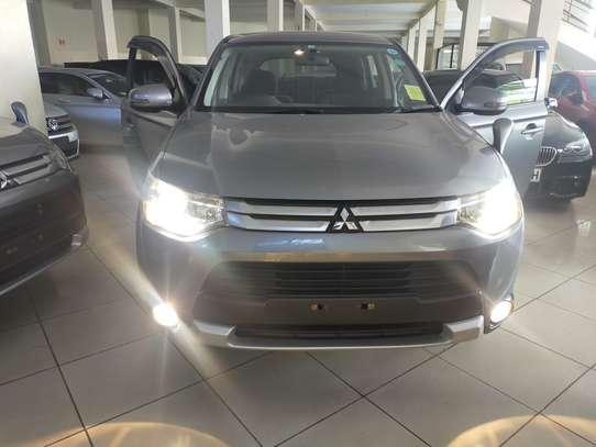 Mitsubishi Outlander 2.4 4WD Intense image 3