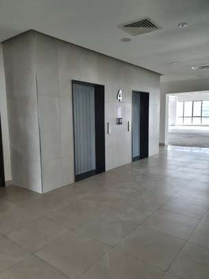 7250 ft² office for rent in Westlands Area image 5
