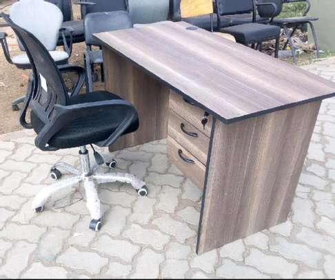 Office study desk with workwell comfortable black chair