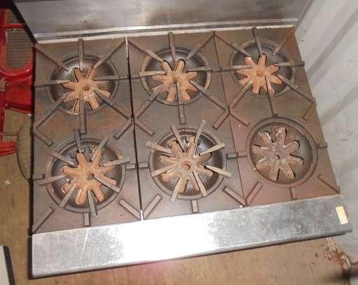 GARLAND 6-BURNER GAS COOKER image 1
