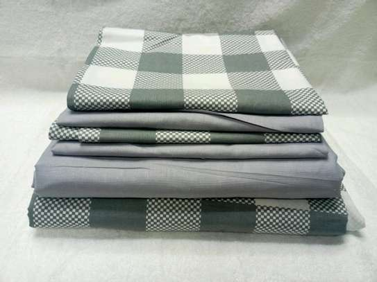 7  by 8 Boll & Branch Genuine Bedsheets with 1 Flat Sheet, 1 Fitted Sheet, and 4 Pillowcases image 5