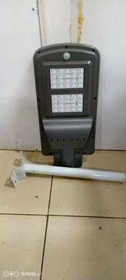 40 Watts solar lamps image 1