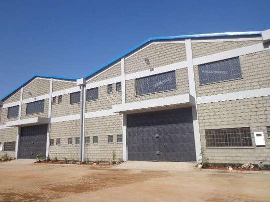 10588 ft² warehouse for rent in Embakasi Estate image 2