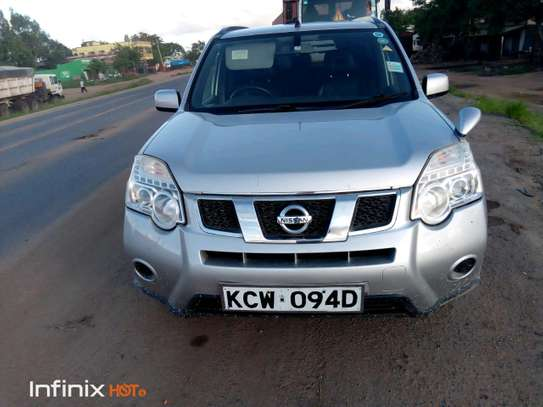 Nissan X-trail for Hire image 8