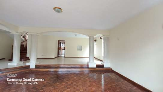 4 bedroom townhouse for rent in Brookside image 3