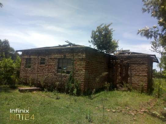 3bedroom on a 1/4acre of land image 1