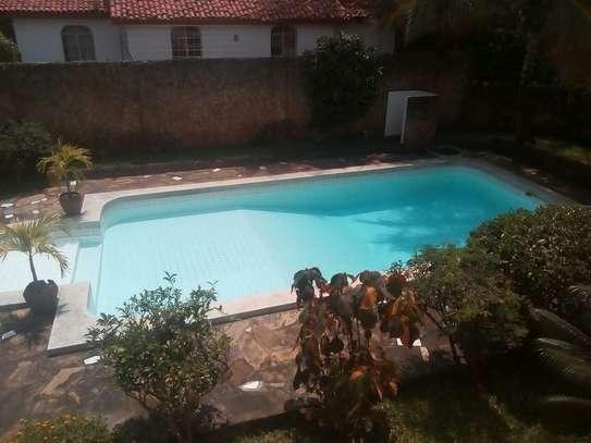 4br Maisonette for rent in Nyali . HR14-2303 image 2