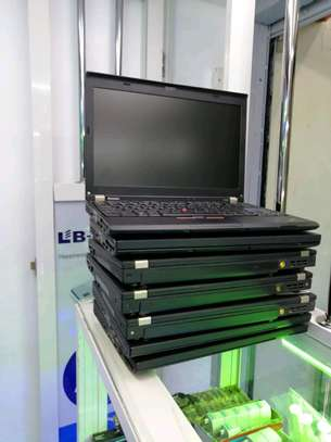 Lenovo ThinkPad x220 core i7 4gb ram 500gb harddisk image 2