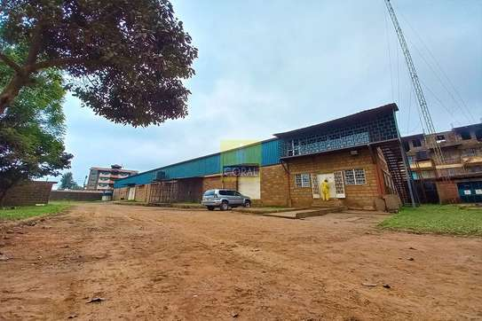 15000 ft² warehouse for rent in Kikuyu Town image 1