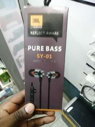 jbl wireless earphones image 1