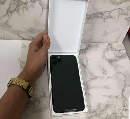 Iphone 11 Pro image 3
