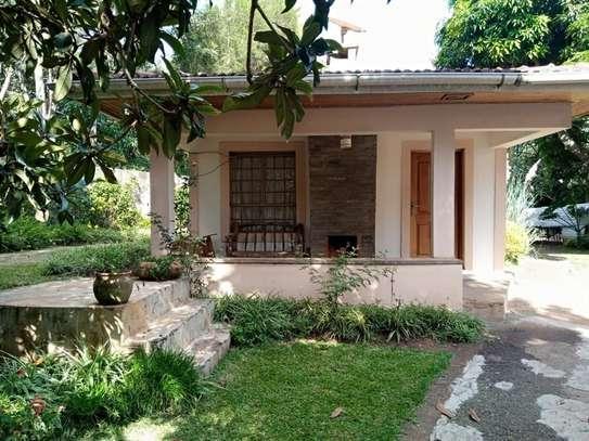 1 bedroom house for rent in Karen image 10