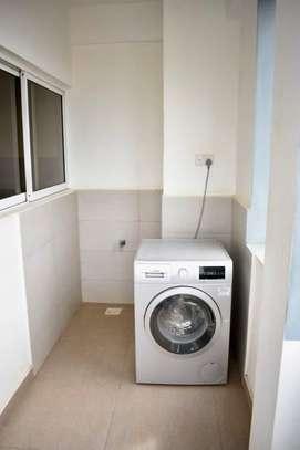 Furnished 3 bedroom apartment for rent in Kilimani image 5