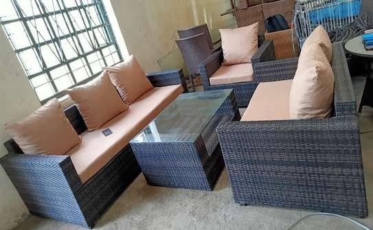 3-seater rattan sofa set image 3