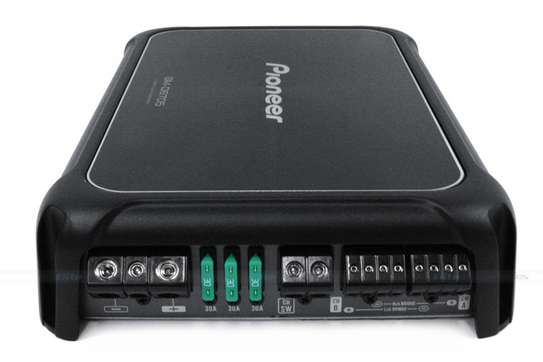 GM-D9705 Class-D 5-Channel Amplifier with Wired Bass Boost Remote image 1
