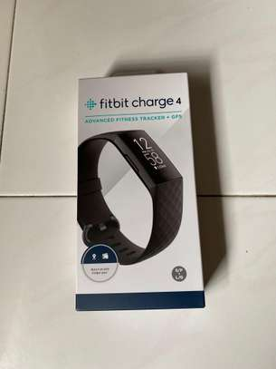 FITBIT Charge 4 image 8