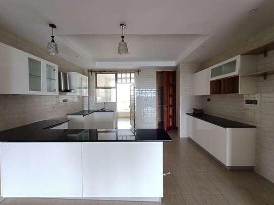 4 bedroom apartment for rent in Kileleshwa image 17