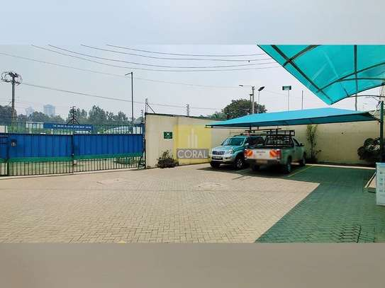 1245 m² office for rent in Industrial Area image 3