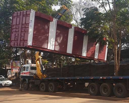Container transport and crane trucks for hire image 5