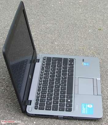 """HP EliteBook 840 G2 - 4 GB RAM - Core i7-5300U / 2.3 GHz - 500 GB HDD - 14 """" image 7"""