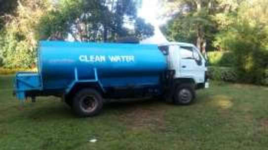 Clean Water Tanker/Lorry/Bowser image 1